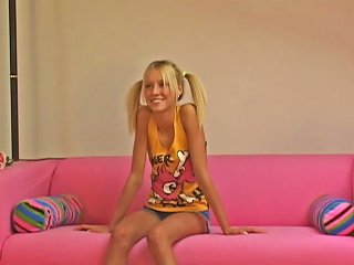 Young Babe On Casting Observing And Fisting Free Porn F0