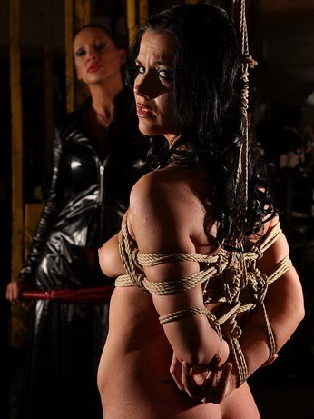 breast-bondage-torture-mightymistress_1