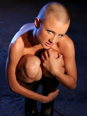 skinny-bald-lezdom-mightymistress_1
